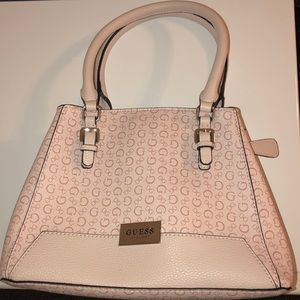 Cute Pink/Nude/cream Guess Purse Unused and New.